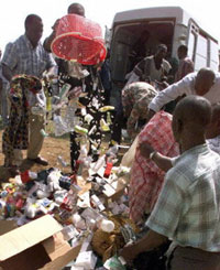 Ivoirien police destroy confiscated fake drugs.