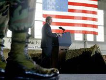 President Bush addresses soldiers in Florida