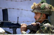 Indian soldier at Kashmir