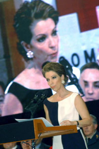 Marta Sahagún de Fox addresses the annual gathering of the Mexican Red Cross in 2003