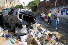 After-effects of looting during Venezuela's abortive coup