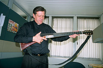 "Father Alírio's ""guitar-rifle"""
