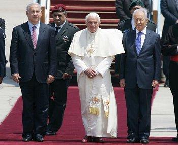 http://www.worldpress.org/images/20090511-pope.jpg